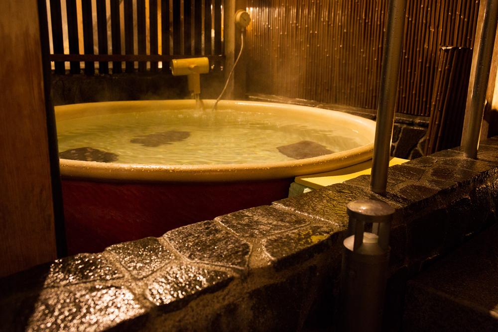 信楽家族風呂(陶器)※女性露天風呂